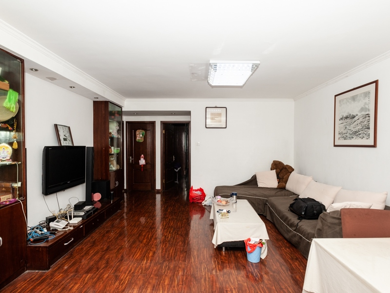 房东已买好新房 诚心出售 经典3房格局 送20方大露台