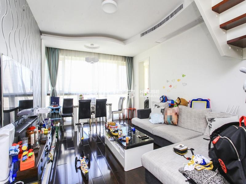 积家loft户型住宅 层高5.8米 60万精装修 随时看房