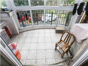 星洲花园二手房-阳台