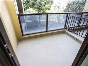 旺角城二手房-阳台