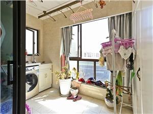 罗兰香谷二手房-阳台