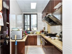 理想银泰城二手房-厨房