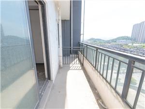 青枫墅园二手房-阳台