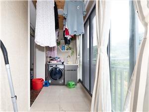 科嘉苑二手房-阳台
