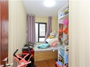 罗兰香谷二手房-次卧