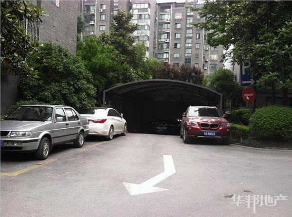 和睦院地下停车入口
