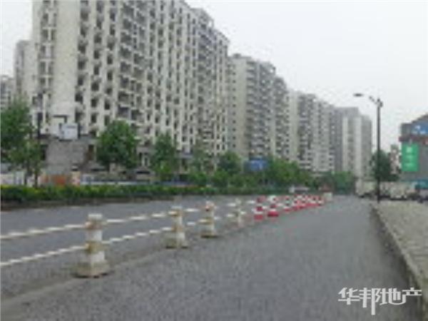 小区主要道路