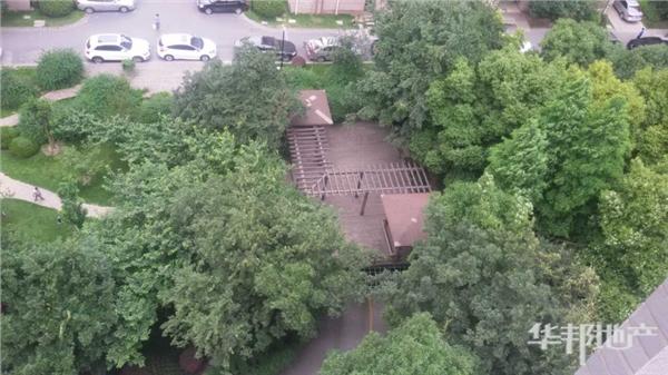 小区中心花园鸟瞰图