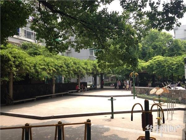 三区中心花园1