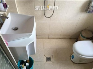 德胜新村二手房-卫生间