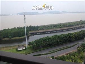 世茂江滨花园峻景湾二手房-阳台