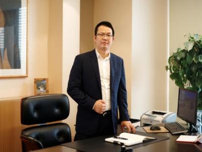 低调背后的宏图伟略 访豪世华邦董事长滕皋明